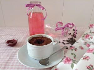 delicioso mug cake de chocolate